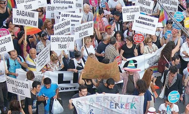 2012 İstanbul Onur Haftası Yürüyüşü